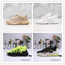 Top bianco caldo online-2020 new Originals Ozweego Running Shoes Designer Brand New Fashion Hot Ins Top Quality casual shoes Sport Clunky Sneaker
