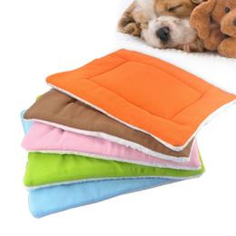 Letti per animali da compagnia caldi online-Vendita calda Dog House Letti Animali Letti Soft House per cani Prodotti Pet Cats Tappeti Pet prodotti lavabili