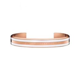 weißgold armband graviert Rabatt 4 teile / los neue breite dw armbänder manschette mit weißen streifen 100% titanium stahl gravierte logo buchstaben armband für frauen männer
