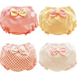 Meilleurs cadeaux de bébé en Ligne-0-7T bébé shorts d'été noeuds papillon coton sous-vêtements enfants fille mince pantalon pp pour enfants cadeaux top qualité