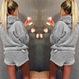 Дамские зимние пижамы онлайн-Women Ladies Soft Warm Nightwear Fashion Ladies Long Sleeve Hoodie+Shorts Two Piece Set Pajamas Winter Autumn Lovely Sleepwear