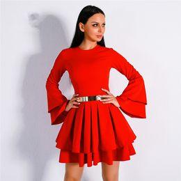 Cinto de cetim vermelho longo on-line-2018 elegante cetim vermelho curto regresso a casa vestidos mangas compridas vestidos de festa coquetel ruffles vestidos de baile curto mini festa vestidos sem cinto