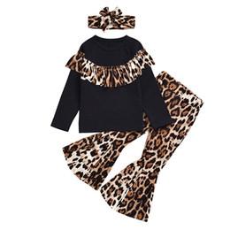 trajes de pieza de solapa delgada Rebajas Diseñador de los bebés Trajes leopardo volante de manga larga Top + estampado leopardo Pantalones acampanados + Cinta de cabeza 3pcs / set la ropa de moda de los niños Establece M549