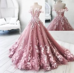 2019 fiori di travestimento Foto reali Farfalla Fiori Appliques Ball Gown Masquerade Abiti Quinceanera Off Shoulder Backless Piano Lunghezza Dolce 16 Abiti Pageant sconti fiori di travestimento