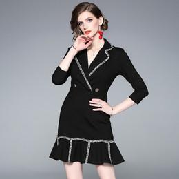 Vestido das mulheres novos elegent trabalho se adapte para senhora com babados gola trompete midi acima do joelho da senhora vestidos de moda para trabalho casual de Fornecedores de jaqueta de vestido vermelho senhoras