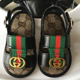 2019 sapatos de bebê menino de 12 meses 2019 NOVAS Meninas Do Bebê Sapatos Para O Verão Recém-nascidos Infantis Da Criança Meninos Sapatos Primeiros Caminhantes Sapatos Antiderrapantes Bebê 0 ---- 18 meses sapatos de bebê menino de 12 meses barato
