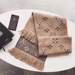 Schwarze wolldecke online-Winter LOGOMANIA SHINE Marke Luxus Wollschal Für Frauen und Männer Zwei Seiten Schwarz Rot Seide Wolldecke Schals Modedesigner Blume Schals