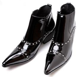 Italian Luxury Pluse Size Tacchi alti in vera pelle di vitello occidentale stivali da cowboy con borchie stivali neri scarpe da uomo da