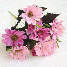 Margherite artigianali online-Silk Daisy Artificial Flower Head Decorazione di cerimonia nuziale DIY Corona Scrapbook Craft Fiori finti Decorazione della casa Fotografia Fiori