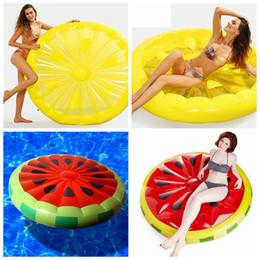 fiori verdi giocattoli Sconti Gonfiabile limone anguria acqua giocattolo gigante letto galleggiante zattera materasso gonfiabile vacanza estiva vacanza anello 150 cm LJJZ439