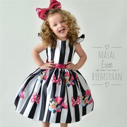 2019 saia de arco bonito Verão Meninas Do Bebê Sem Mangas Flouncy Princesa Vestido de Lantejoulas Fofas Arco Criança Vestidos de Festa Listrada Saia 1-4Y Roupas de Festa 2019 A32901 saia de arco bonito barato