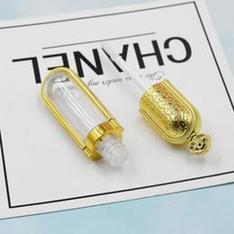 Dessins de lèvre en Ligne-8ml DIY Lip Gloss vide Tubes Gold Crown design Rouge à lèvres Bouteille Container outil de beauté échantillon Bouteille lipgloss Rechargeables