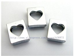 Le catene chiave si adattano online-prezzo all'ingrosso 20pcs 8mm Charms cuore scorrevole diapositiva fai da te Charms Fit 8mm collare chiave catena braccialetto dell'animale domestico