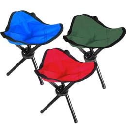 Stativklappstuhl online-Folding Outdoor Camping Wandern Angeln Picknick Garten Qualität BBQ Hocker Stativ Drei Füße Stuhl Sitz Kostenloser Versand