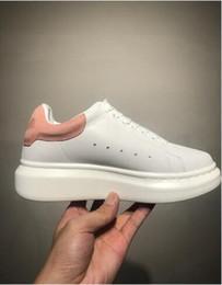 Canada chaussures de marque formelle de luxe pour hommes plate-forme Hommes Femmes Marque Chaussures Superstar Hommes Haut Haut Cloutés Formateurs Mâle Parti Robe Chaussures Offre