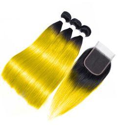 Zwei tonfarben ombre glattes haar online-T1b Gelb Dunkle Wurzel Ombre Peruanisches Glattes Haar 3 Bündel Mit Verschluss Günstige Menschenhaarbündel Mit Verschluss Zweifarbig