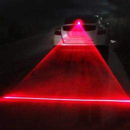2019 luz de freno de estacionamiento Advertencia de automóvil Láser Luz Trasera Luz de Niebla Auto Freno Estacionamiento Luces LED Crianza Luces Externas de Estilo de Coche Luz de Advertencia luz de freno de estacionamiento baratos