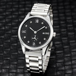 Top designer homens assistir casual business quartz relógios eletrônicos liga de prata de ouro cinta liga de discagem simples 12 projeto do tijolo tempo de
