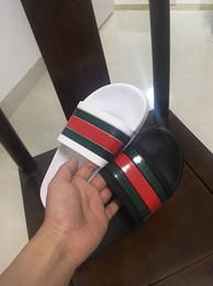 2019 slingback nero cuneo Uomo Sandali Designer Scarpe di lusso Scivoli di lusso Estate ampia sandali scivolosi Slipper Slipper Flip Flop taglia 35-45