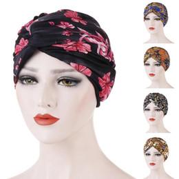 Chapéu islâmico das mulheres on-line-Mulheres muçulmanas Nó da torção de Chemo Cap Hat Cancer Turban Hat Bonnet Chefe do envoltório do lenço Gorros Skullies 2019 Cap islâmica árabe