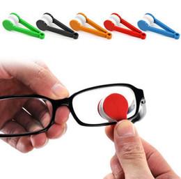 Tergicristalli per occhiali online-1pcs 2018 New Mini Microfiber Occhiali per la pulizia, Soft Sun Glasses Cleaner Strumenti di pulizia Glass Wiper