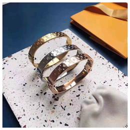 Monogramma Gioielli di lusso Amante Coppia Bracciale in acciaio inossidabile Designer di marca in oro Braccialetti bangle per gioielli da donna Louis (senza scatola) da