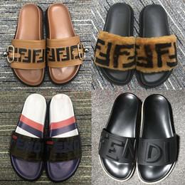 sandálias de verão femininas Desconto 2019 designer de verão chinelos femininos FD chaussures correspondência de cor cartas de couro sandálias planas cor selvagem correspondência chinelos de praia flip flops