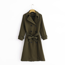 Grüner doppelter breasted graben online-Mode Schärpen Design Olivgrün Mantel Zweireiher Temperament Outwear 2019 Herbst Frauen Chic Casual Long Trench