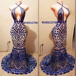 Africano Royal Blue Mermaid Prom Dresses 2019 Halter scollo a V fiori 3D Black Girls Evening Dress Long Sweep treno Arabo dubai Abiti del partito da