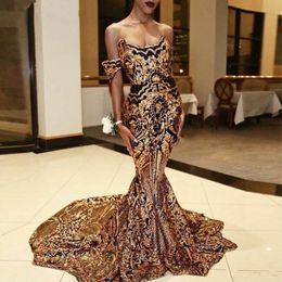 Sparkly Black and Gold Prom Dress Donna 2019 Mermaid Paillettes Long Luxury Arabian Party Abiti da sera Abiti Cerimonia Longo da vestito arancione da sposa in sequina arancione fornitori