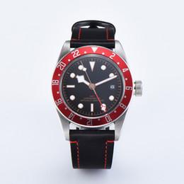 Nager en cuir en Ligne-41mm De Luxe Hommes Montres Black Bay GMT Horloge De Bain Militaire Automatique En Cuir Saphir Cristal Montres Miyota 8215 Montre Mécanique Hommes