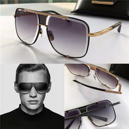 2019 estilo de moda clásico hombre estilo de la moda clásica de la vendimia de lujo de diseño gafas de sol de los hombres de metal al aire libre gafas de marco cuadrado UV 400 lentes con el caso estilo de moda clásico hombre baratos