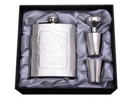 Sıcak Satış 7 Oz Paslanmaz Çelik Set Hip Flask Flagon 1 Huni Ile 2 Bardak Alkol Hip Flask Gravür SN2309 nereden mat siyah boya tedarikçiler