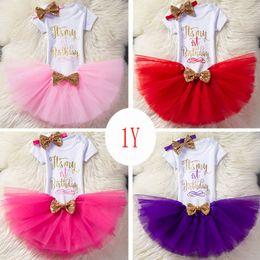 Niedliche outfit-sets online-Cute Baby Mädchen Geburtstag Outfits 1. 2. 1/2 Geburtstag Party Kleidung Brief Romper + Tutu Rock + Pailletten Bogen Stirnband 3pcs / set Boutique 2019 Hot
