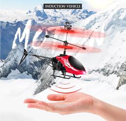 2019 helicóptero escovado do rc do motor Helicóptero RC Brinquedos de indução de carregamento de avião de controle remoto menino menina criança vibrando brinquedo suspensão helicóptero de aeronaves presente