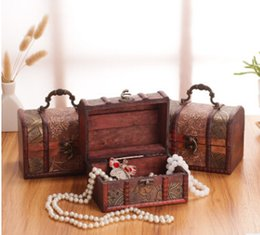 Китайские антикварные коробки онлайн-Creative Retro Antique Wooden Jewelry Box Traditional Chinese Vintage Wood Treasure Chest Women Jewelry Storage Case