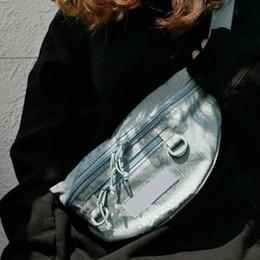 Pacote de caixas de embalagem on-line-19ss Box Logo Impresso saco da cintura High Street Hip Hop Diagonal pacote de viagem Corpo Cruz Pacote de sacos pequenos bolsos no peito Bags HFYMBB068