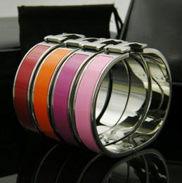 2019 grandes pulseiras para as mulheres atacado de mulheres Fashion Jewelry Pulseiras inoxidável Pulseiras de moda H pulseiras de correio em aço ouro Cuff Ampla Bangle para mulheres nupcial Bracelet Ouro