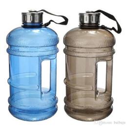 Bouteilles d'eau de fitness en Ligne-Grand 2,2 L demi-gallon Gym Workout courant convinients Fitness eau pichet boisson Bouteille livraison gratuite
