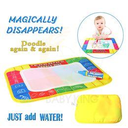 Enfants mat de l'eau en Ligne-Drôle Magie Dessin À L'Eau Coloring Livre Doodle Mat avec Stylo Magique Peinture Planche À Dessin Pour Enfants Jouets Cadeau D'anniversaire