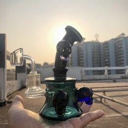black skull bong Promo Codes - 7 inch skull dab rig clear black oil rig for sale cool design glass water pipe hot selling glass bong with quartz banger