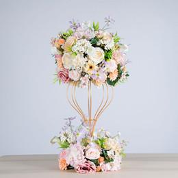 Декоративные стойки онлайн-искусственный цветок шар гортензия моделирование роза венок свадьба декоративные железная подставка рама ну вечеринку дорога свинца украшения пион шелковый цветок