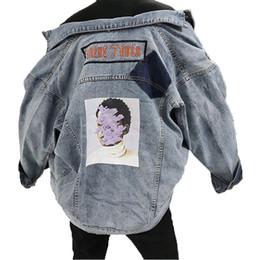 2020 jaket lungo cappotto Cappotto di jeans stampato Plus Size Manica lunga primavera 2019 Cappotto Allentare Jaket Jeans Donna Cappotto spliced Hip Hop Womens Capispalla jaket lungo cappotto economici
