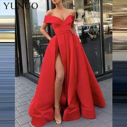 Vestidos de fiesta cómodos online-YuNuo Simple fuera del hombro Escote en V Escote Vestido de fiesta Vestido de noche dividido en línea Cómodo Graduación Bola Grupo N11