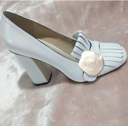 bomba de duas cores Desconto HOT designer sapatos de salto alto barco primavera outono Sexy Bar Banquete mulher sapatos 5.5 cm fivela de metal sapatos de salto de espessura 34-42