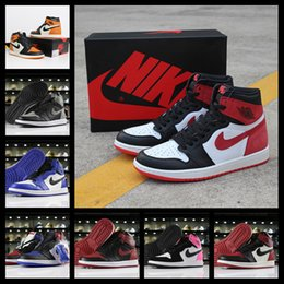 tênis de basquete max Desconto Com uma caixa de 2020  Nike Air max Jordan 1 men women shoes Mens tênis de basquete Preto Toe Mid Bred Multi Color 1 OG Homenagem a casa chicago ouro top Pine Verde