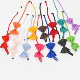 19 цветов Pet галстук собака галстук воротник цветочные аксессуары украшения поставки чистый цвет бантом галстук ST018 от