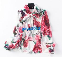 Chemises décontractées en soie femme en Ligne-Haut de gamme marques italiennes femmes filles soie chemisier chemisier à manches longues à fleurs style de piste d et gg shirt élégant chemisier en organza noeud