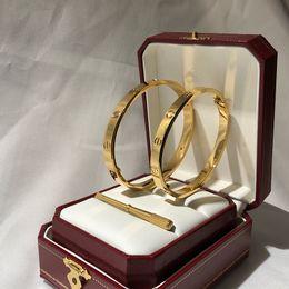 настоящие золотые индийские свадебные украшения Скидка роскошный дизайнер ювелирных изделий женские браслеты мужские леди классические браслеты любовь браслет braccialetto ди люссо корзину бренд браслет Pulseira de luxo