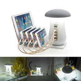 Caricabatterie online-Modalità Pulsante a fungo luce di notte / modalità Touch 3.0 Hub USB Charger 5 Port Phone Adapter ricarica del fungo del LED luce dello scrittorio